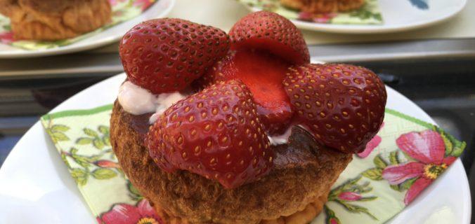 Sunde kvark kager med jordbær