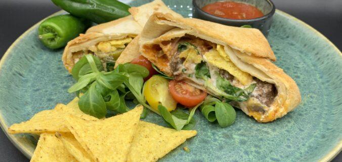 Tortilla wraps med oksekød og crunchy nachos fyld
