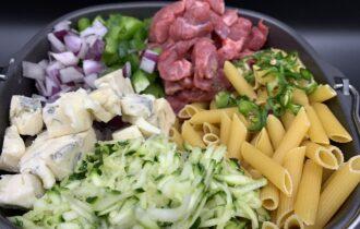 One pot pasta med oksefilet og gorgonzola