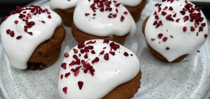 Hindbær muffins med guf (marengs)
